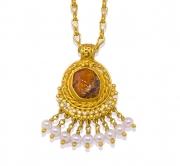 Medieval Garnet pendant